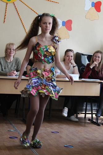 Платье из пакетов на конкурс для девочки