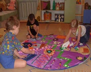 Коврик примирения в детском саду своими руками 49